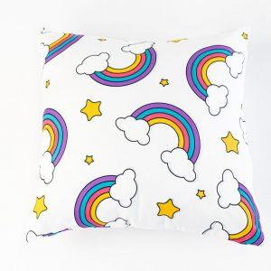 Suède sierkussensloop Tia - Regenbogen op wit