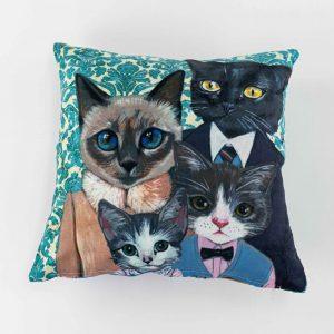 Sierkussensloop Boncuk - Kattenfamilie